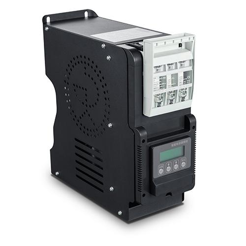 動態智能電容器